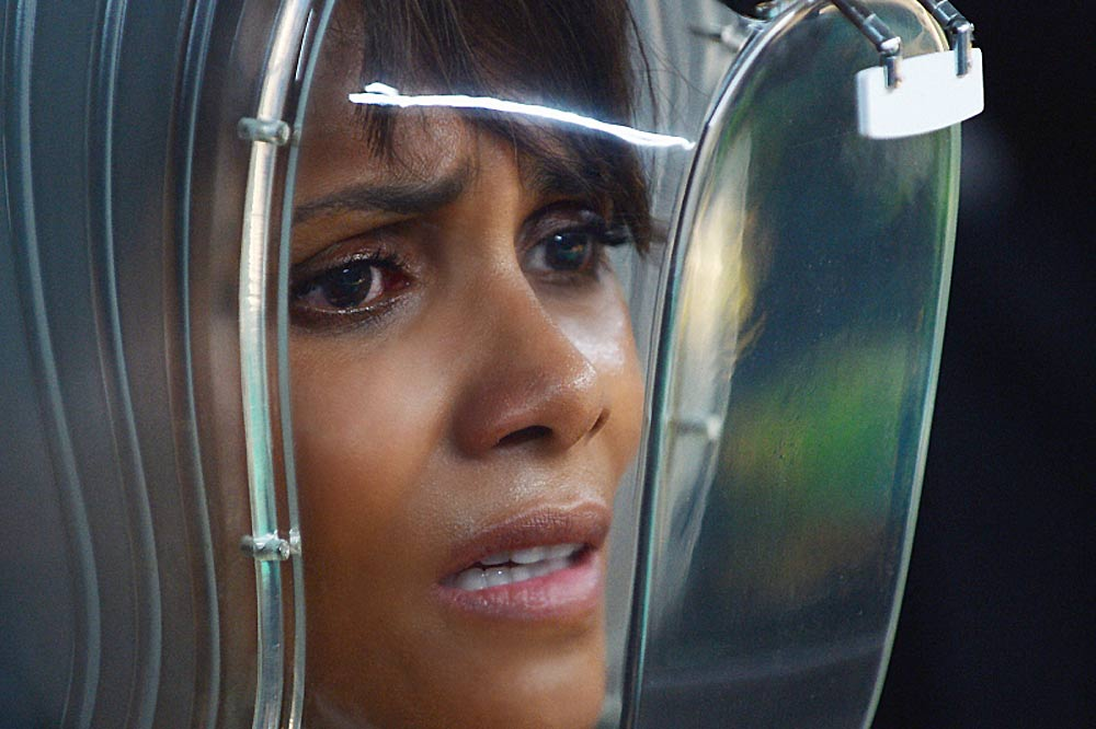 Extant-Halle Berry in Space-Season 1