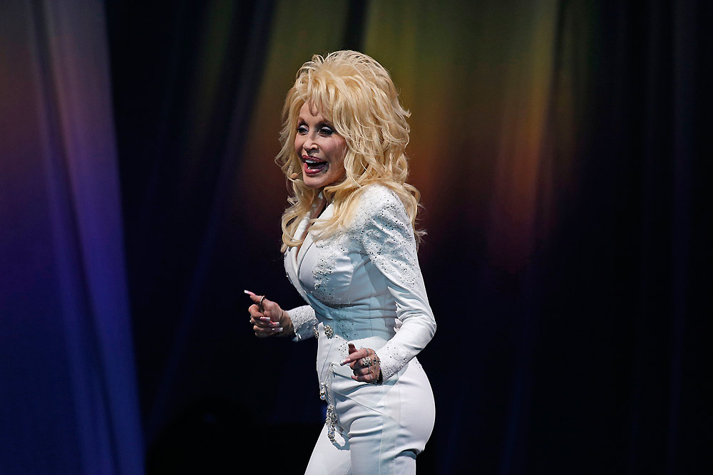 Pure and Simple Tour-Dolly Parton