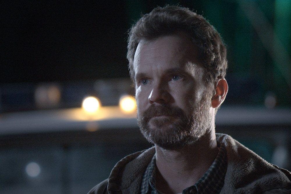 Sheriff Hawkes (Sean Bridgers)